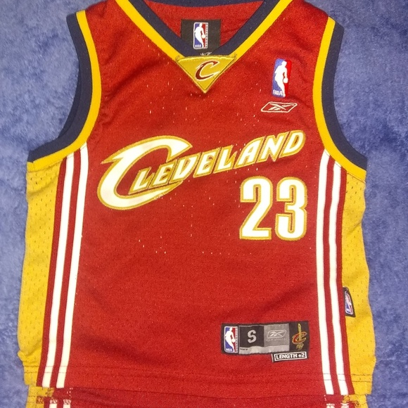 a70f94dbe1d Reebok Shirts & Tops | Lebron James Youth Cleveland Cavaliers Sz 4 ...